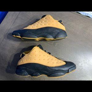 Air Jordan 13 low Chuney